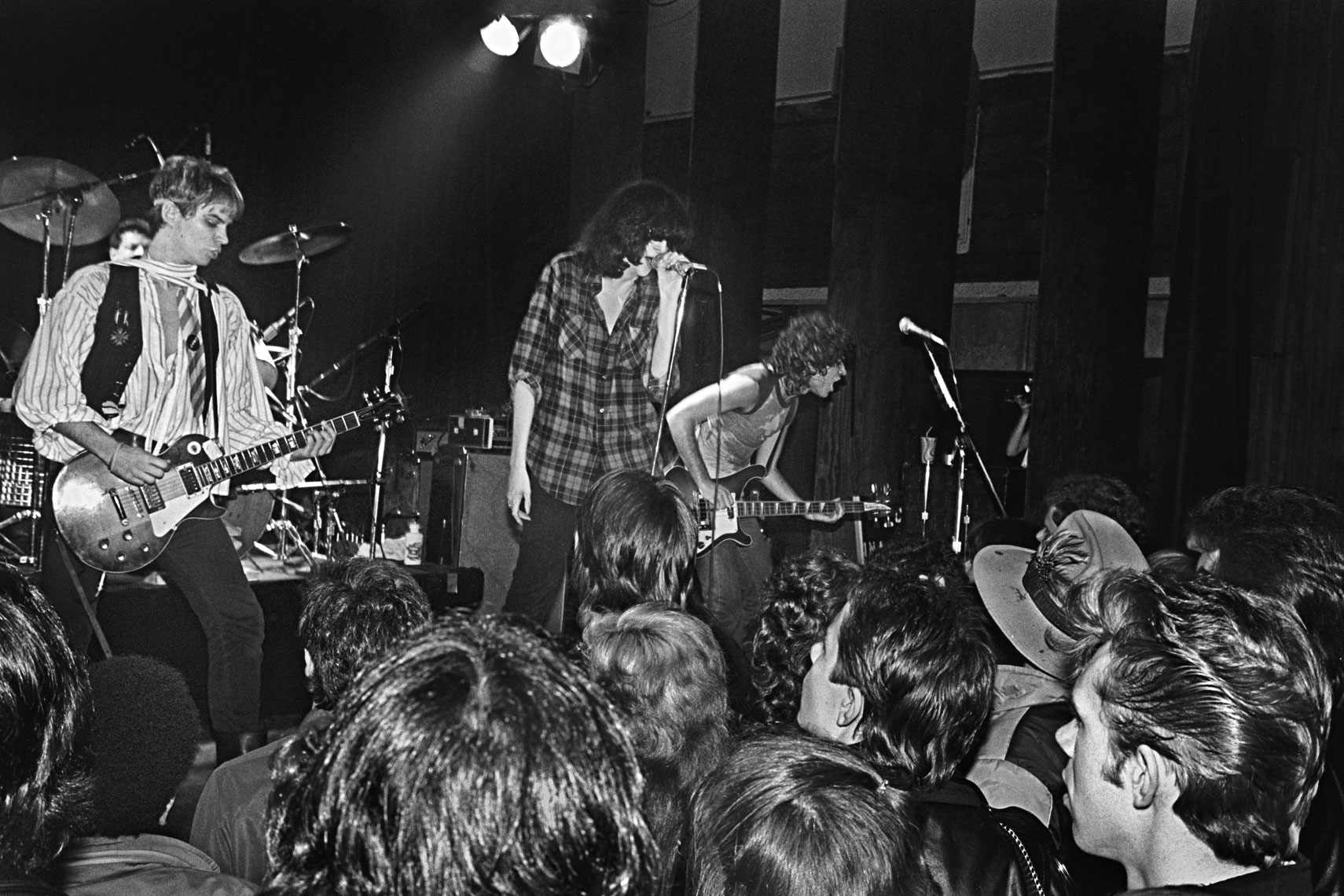15_Joey-Ramone-with-The-Rattlers_Irving-Plaza_0381.jpg