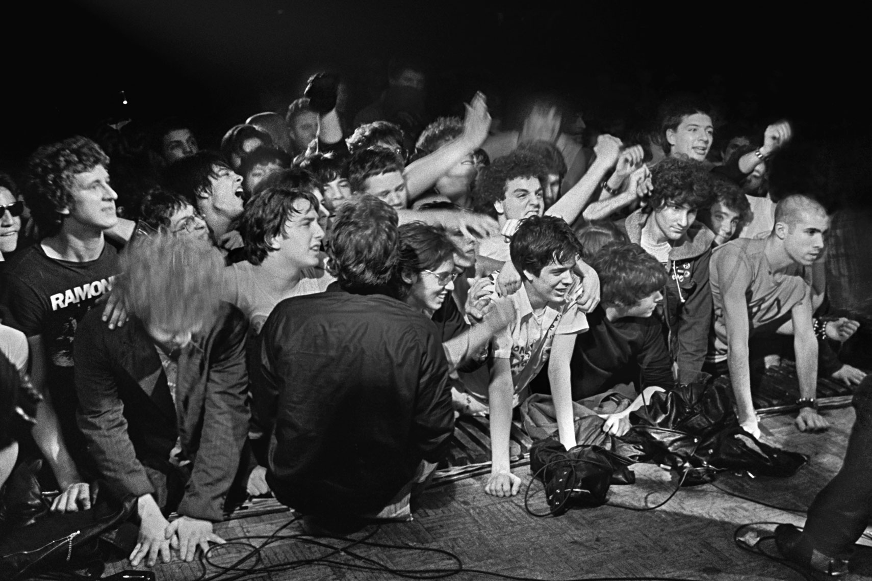 20_Dead-Kennedys-Crowd_Irving-Plaza_0581.jpg