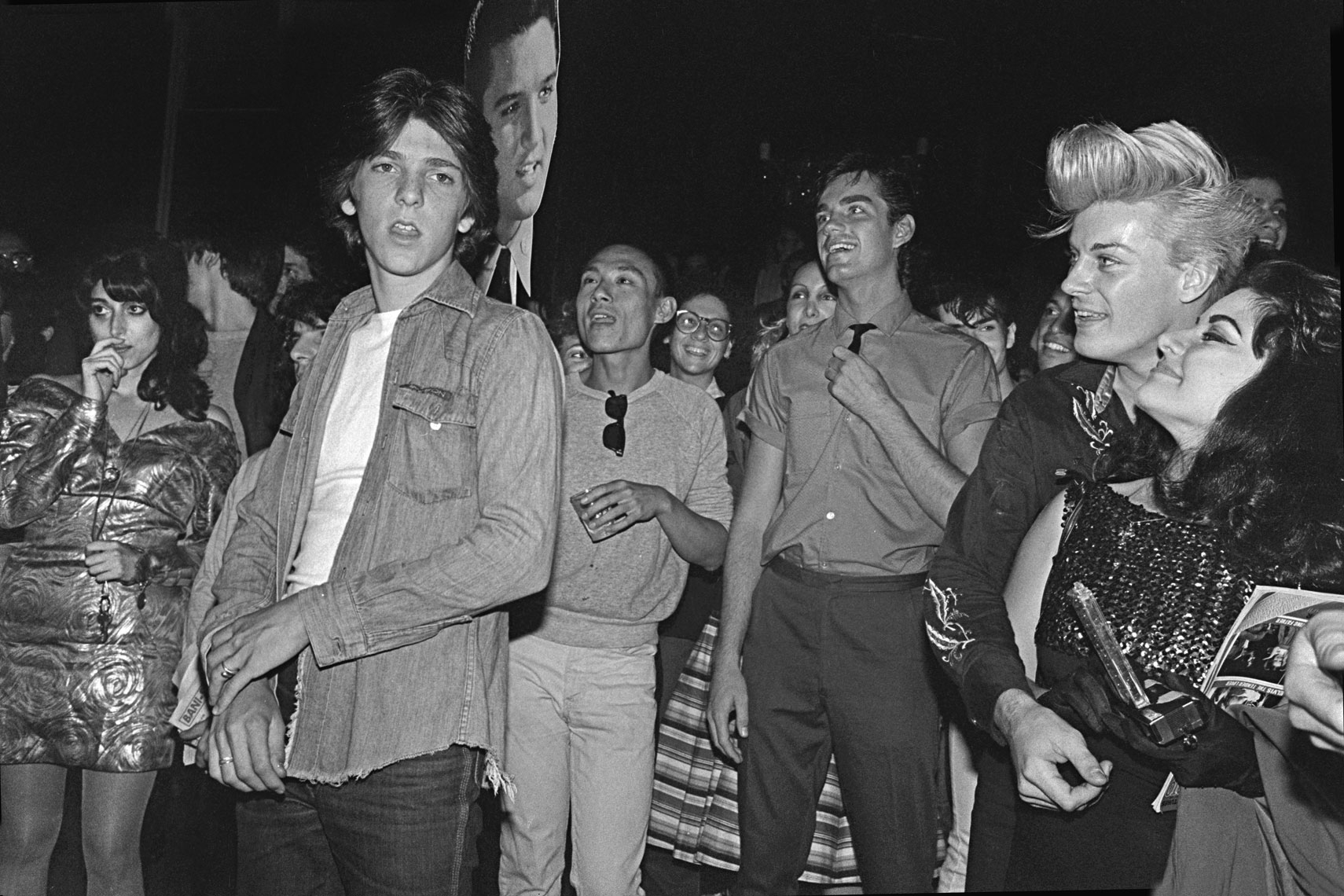 32_Club57_Elvis-Memorial-Party-out-on-street-after-fire-in-Club_0880.jpg
