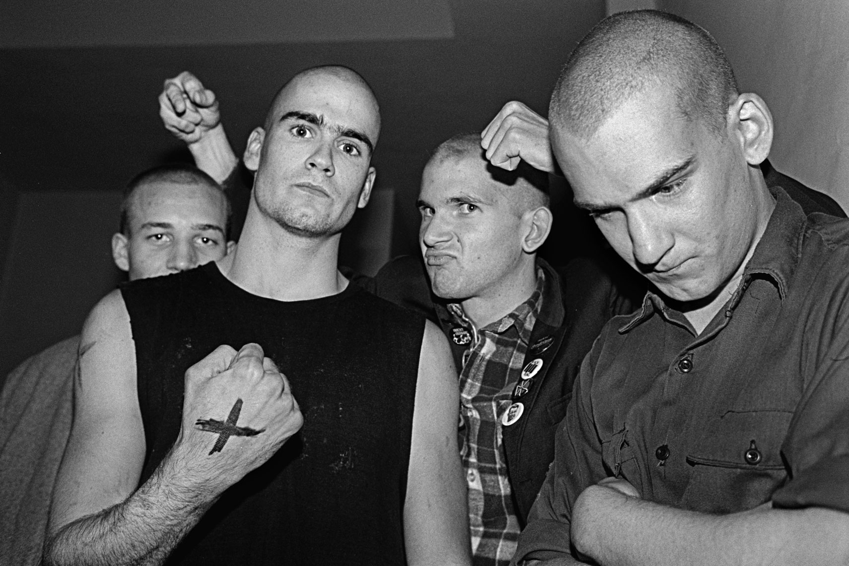 35_Henry-Rollins_Ian-Macaye-after-heads-shaved-at-Dead-Kennedys-Show_0581.jpg